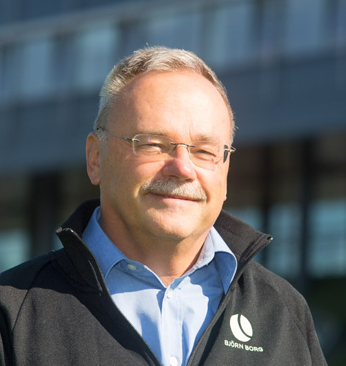 Geert J.P. Savelsbergh : Professor and Head of section Motor Leaning and Performance